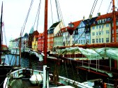 This is also how I got to visit Mr. H. C. Andersen and once his colorful living place - Nyhavn ~
